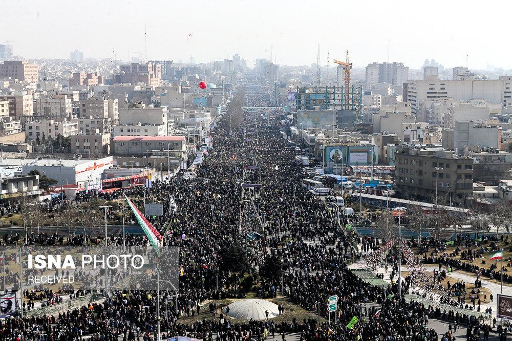 راهپیمایی ۲۲ بهمن در آغاز چهلمین سال پیروزی انقلاب - میدان آزادی